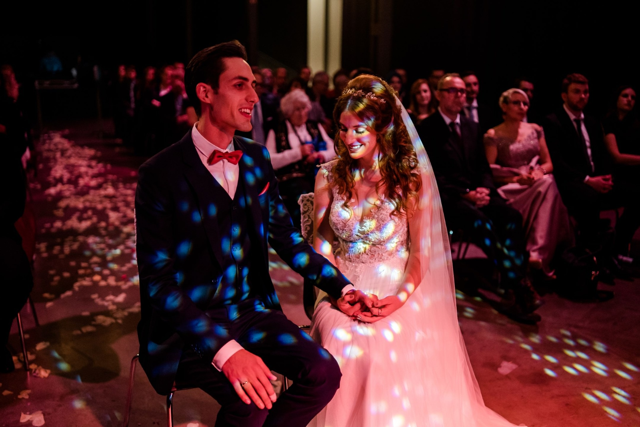 Aida + Tim | Hochzeitsfotografen am Bodensee Weingut-Hochzeit in Deutschland  - Hochzeitsfotografie von Aida und Tim