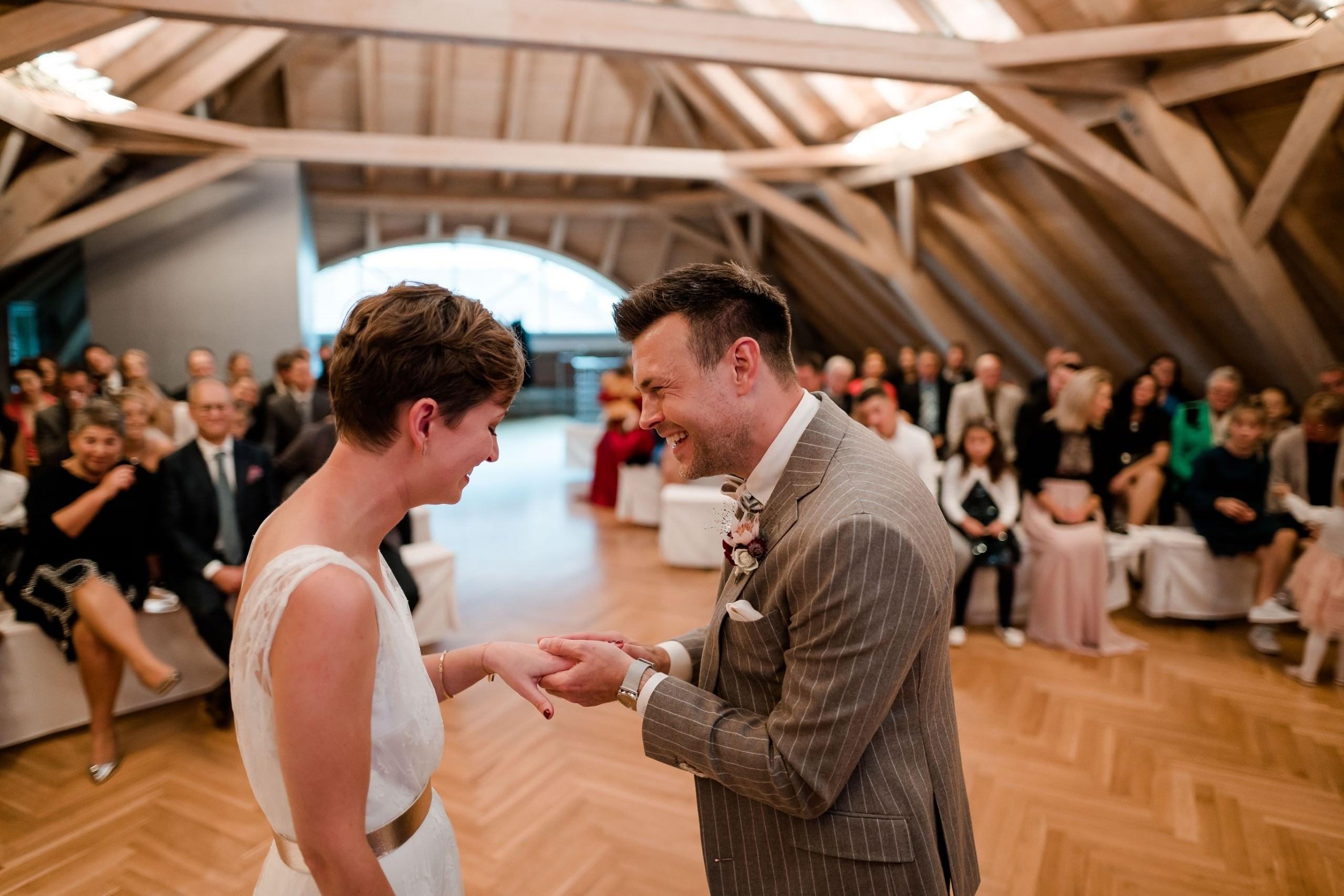 Aida + Tim | Hochzeitsfotografen am Bodensee fkn_1720_041019